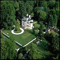 Oatlands Plantation Gardens & Arboretums in VA
